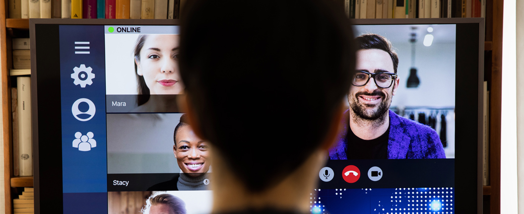 Virtual meetings — your screen presence shows
